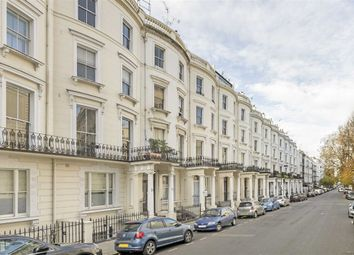 Thumbnail 2 bed flat for sale in Princes Square, London