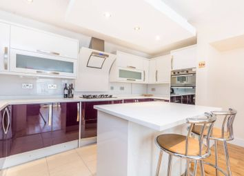 Thumbnail 2 bed flat to rent in Stapleton Hall Road, Crouch End