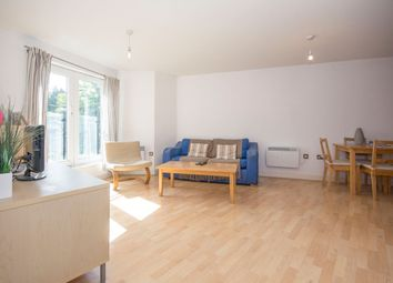 Thumbnail 1 bed flat to rent in Ferndale Road, Brixton