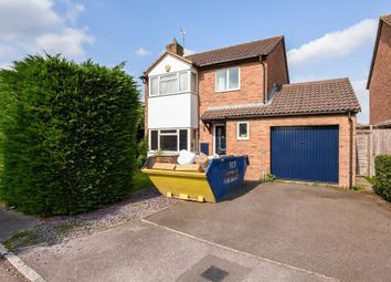 Thumbnail 4 bed detached house for sale in Kestrel Way, Bicester