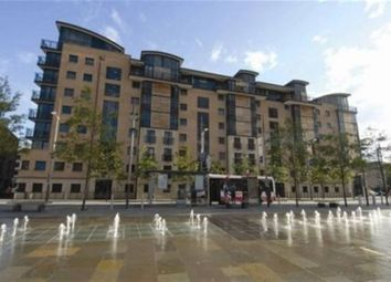 Thumbnail 2 bedroom flat to rent in Queens Square, Belfast