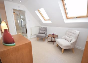 Thumbnail 4 bed semi-detached house for sale in Linkway, London