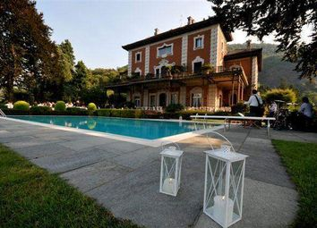 Thumbnail 6 bed villa for sale in 22020 Cavallasca Co, Italy