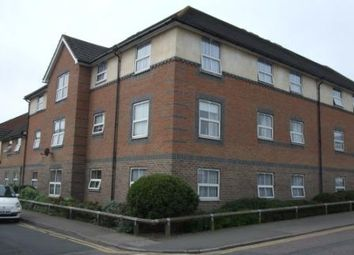 Thumbnail 2 bedroom flat to rent in Alexandra Road, Tonbridge