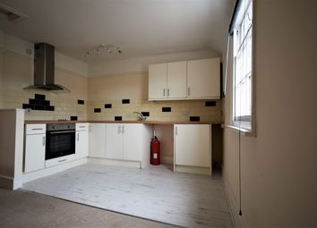 Thumbnail 1 bed flat to rent in Suffolk Road, Montpellier, Cheltenham