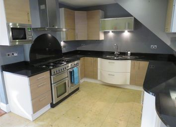 Thumbnail 4 bed town house to rent in Queens Terrace, Southampton
