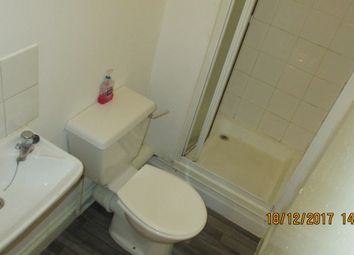 Thumbnail 1 bedroom flat to rent in 13 Crescent Road, Luton