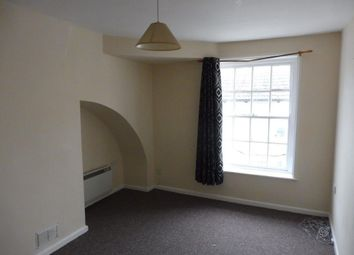 2 bed flat to rent in East Street, Weymouth DT4