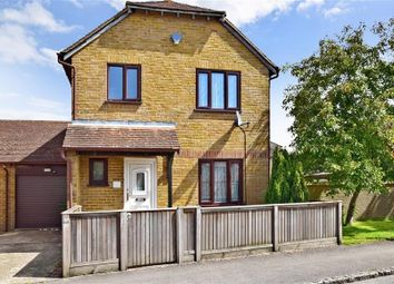 Thumbnail 3 bed detached house for sale in The Bulrushes, Ashford