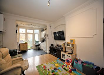 Thumbnail 2 bed property to rent in Green Lane, Hendon