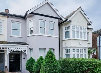 Thumbnail 2 bed flat to rent in Oxford Road South, Chiswick, London