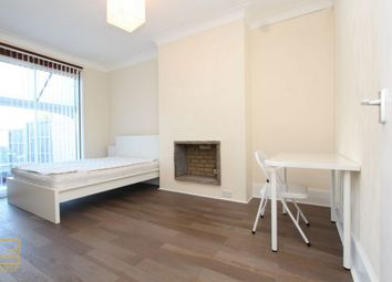 Thumbnail Room to rent in Woodville Road, South Woodford