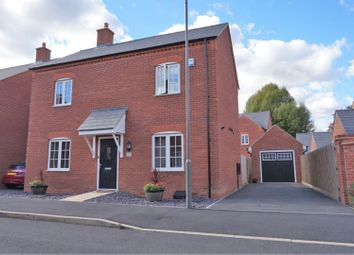 3 bed detached house for sale in Averdal Drive, Aylesbury HP18