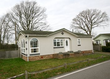 Thumbnail 2 bed mobile/park home for sale in Cedar Lane, Biddenden