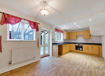 Thumbnail 4 bed property to rent in Brassie Avenue, London