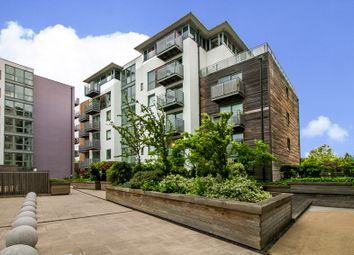 Thumbnail 2 bed flat for sale in Deals Gateway, London, London