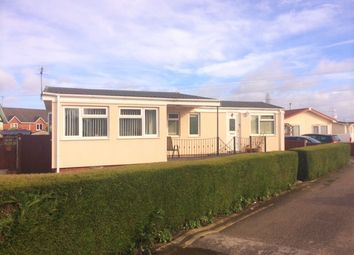 Thumbnail 2 bed mobile/park home for sale in Willow Park, Queensferry, Deeside