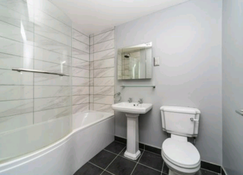 Room to rent in Whitehorse Road, Croydon CR0