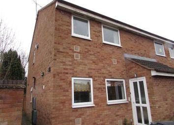 Thumbnail Flat to rent in Drew Crescent, Kenilworth, Warwickshire