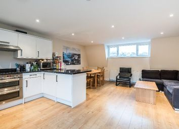 Thumbnail 4 bedroom flat to rent in Warwick Way, London