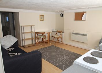 Thumbnail 1 bed flat to rent in Chapel Street, Rodley, Leeds