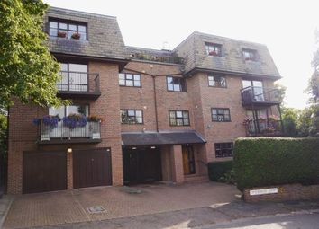 Thumbnail 2 bed flat to rent in Canterbury Court, Woodlands, Golders Green, Greater London