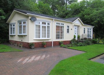 Thumbnail 2 bed mobile/park home for sale in Riverside Way, Ashburton Park, Ashburton, Newton Abbot, Devon