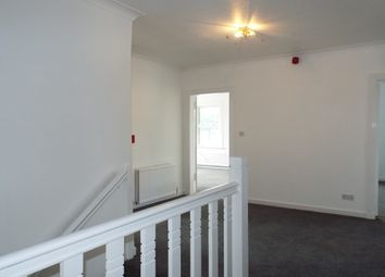 Thumbnail 3 bed flat to rent in Glasgow Road, Stirling