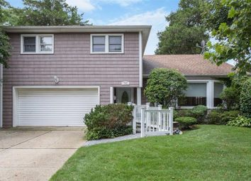 Thumbnail 4 bed property for sale in Valley Stream, Long Island, 11581, United States Of America