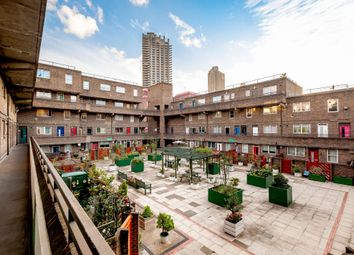 2 bed flat for sale in Lamb's Passage, London EC1Y