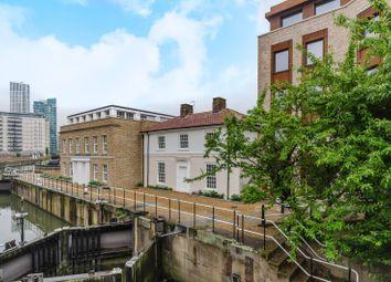 3 bed property for sale in Blaker Road, Stratford E15