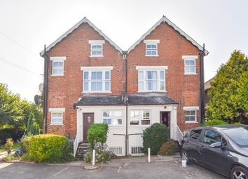 Oakleigh Road South, London N11. 1 bed flat