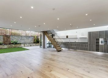 Thumbnail 3 bed property for sale in Moray Mews, London