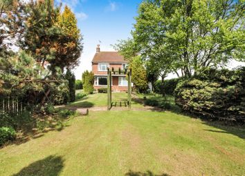Thumbnail 5 bed detached house for sale in Bridlington Road, Driffield