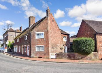 High Street, Maresfield, Uckfield, East Sussex TN22. 3 bed terraced house for sale