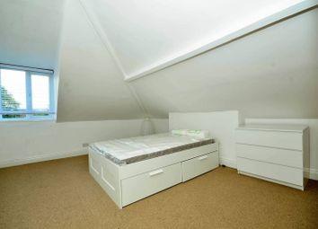 Room To In West Ealing Double Bedroom