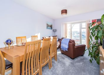 2 Bed Flat For Sale In Montvale Gardens Leicester LE4