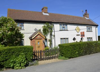 Thumbnail 5 bedroom cottage for sale in Falkenham Road, Kirton, Ipswich