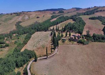 Thumbnail Country house for sale in Podere Countryhouse, Pienza, Siena, Tuscany, Italy