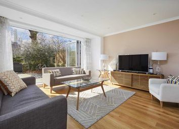 Thumbnail 4 bed flat to rent in Telford Terrace, Pimlico, London