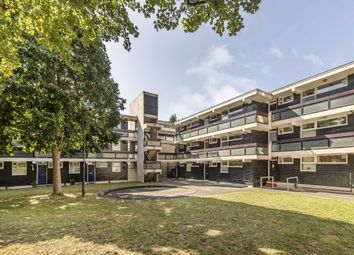 1 bed flat to rent in Westbridge Road, London SW11