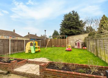 3 bed property for sale in Homestead Way, New Addington, Croydon CR0