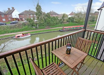 Thumbnail 2 bed flat for sale in Lower Wharf, Devizes