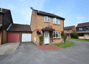 Thumbnail 4 bedroom detached house for sale in Baden Drive, Horley