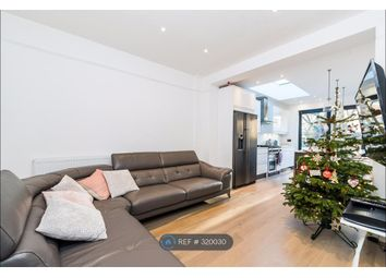 Thumbnail 4 bed flat to rent in St Margarets, Twickenham
