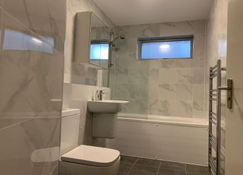 Thumbnail 3 bed flat to rent in Gowers Walk, Aldgate