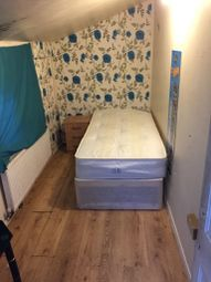 Thumbnail Room to rent in Camborne Rd, Morden