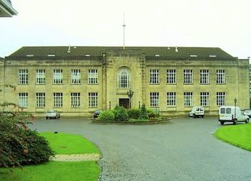 Thumbnail 2 bed flat to rent in Braehead House, Victoria Road, Kirkcaldy