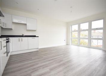 Thumbnail 2 bedroom flat for sale in Radnor Road, Twickenham