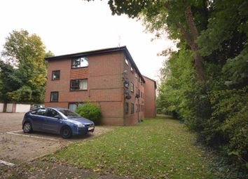 Thumbnail 2 bed flat to rent in Cock Lane, High Wycombe